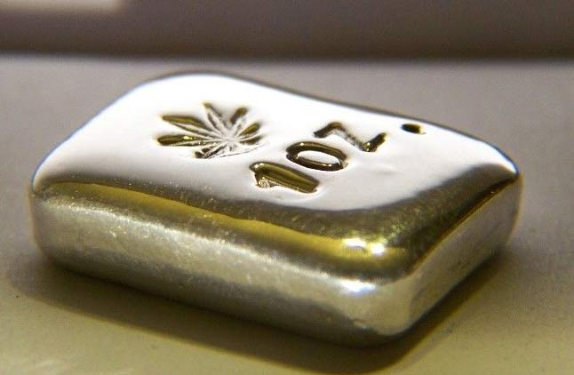 Hemp Leaf Silver Bar
